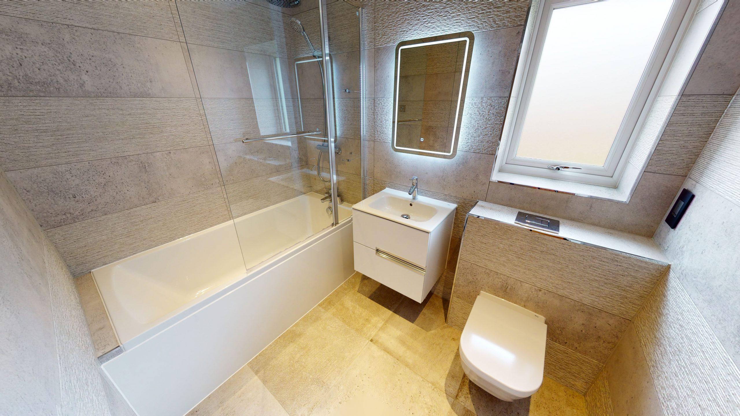 Woodside Court Bathroom